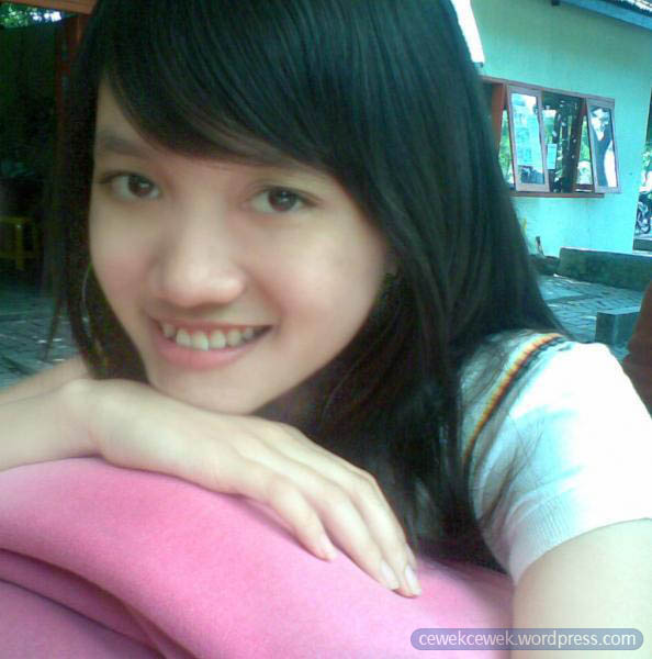 Gadis Indonesia Telanjang | Download Foto, Gambar ...