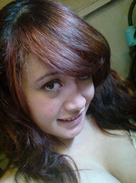 tante menggairahkan cewek cantik friendster facebook indonesia